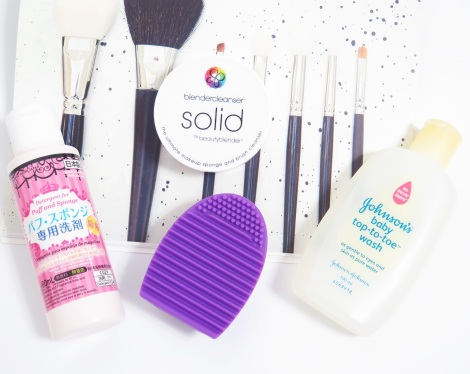 beautyblender solid daise cleaner for puff and sponge johnsons top to toe wash brushegg - makeup brush cleaning