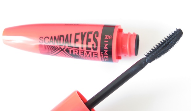 Rimmel London ScandalEyes XX-Treme Volume & Length Mascara Review