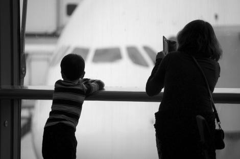 TRAVEL BEAUTY TIPS FROM A FLIGHT ATTENDANT