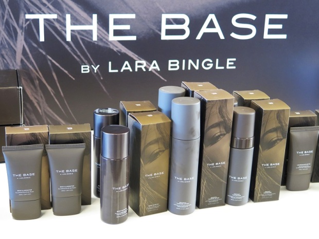 the base by lara bingle