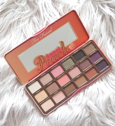 too-faced-sweet-peach-eyeshadow-palette-review-swatches